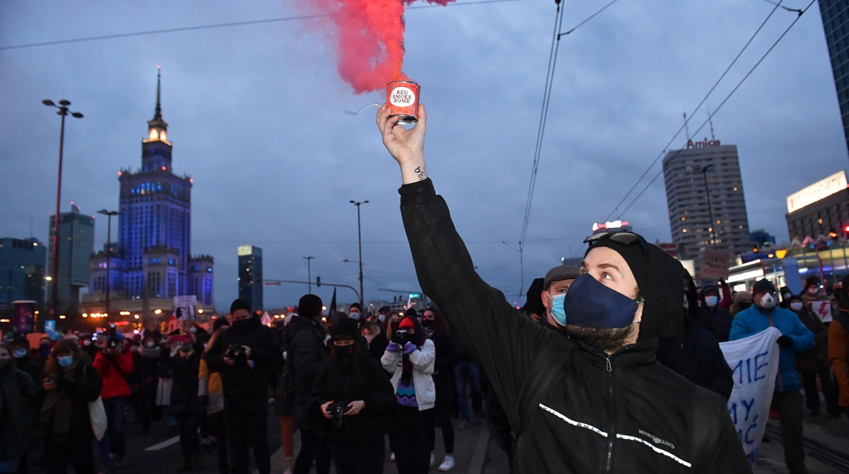 Protests across Poland against tighter abortion laws