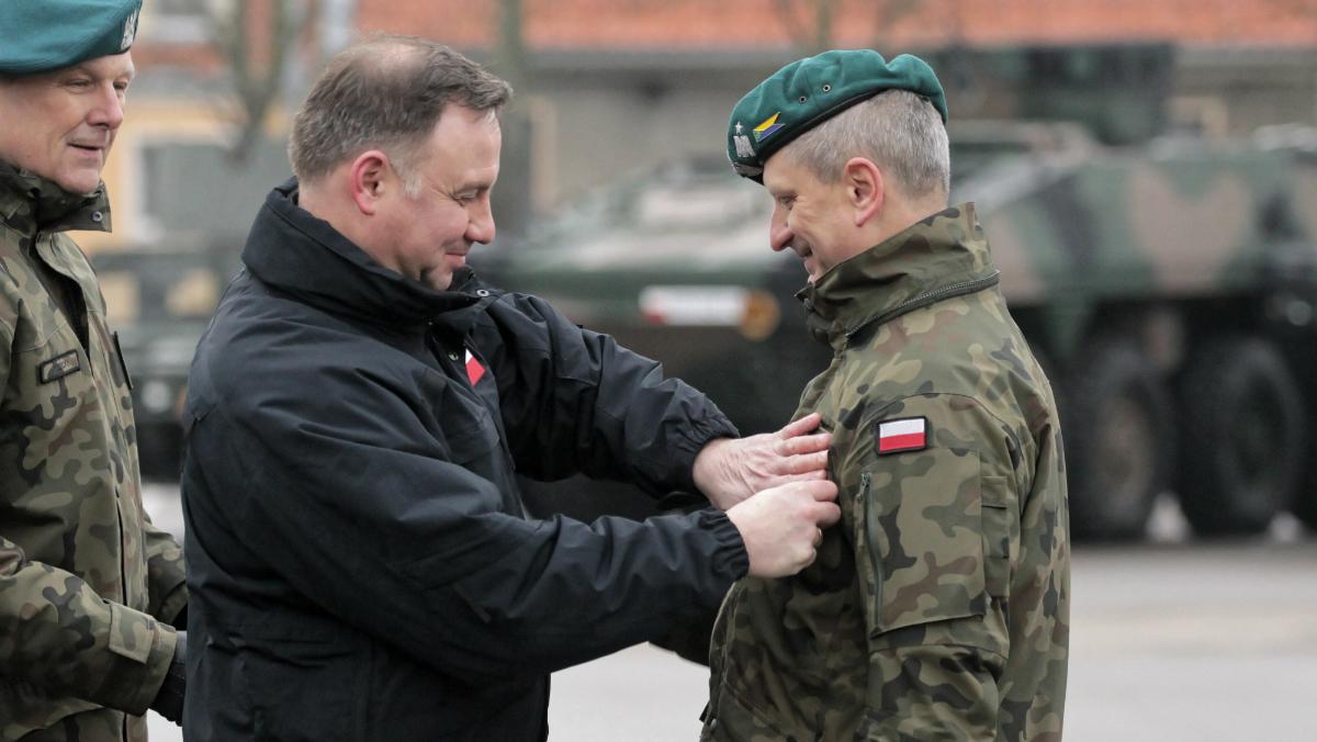 Armia ma nowych generałów. Prezydent wręczył nominacje trzem oficerom