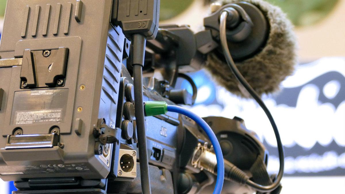 kamera 1200.jpg