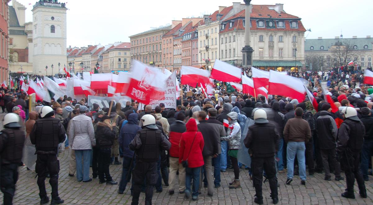 Marsz Niepodległości w 2010 r. - zdjęcie archiwalne