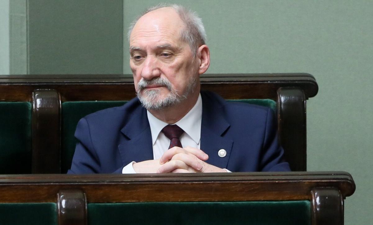 Antoni Macierewicz podczas posiedzenia Sejmu