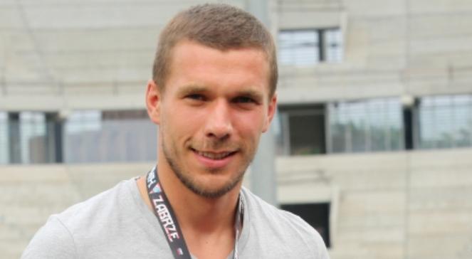 Piłkarz reprezentacji Niemiec Łukasz Podolski gościł na stadionie Górnika Zabrze podczas meczu polskiej Ekstraklasy z Cracovią - 6d840056-8bb5-4343-b260-00cc939a5d2d