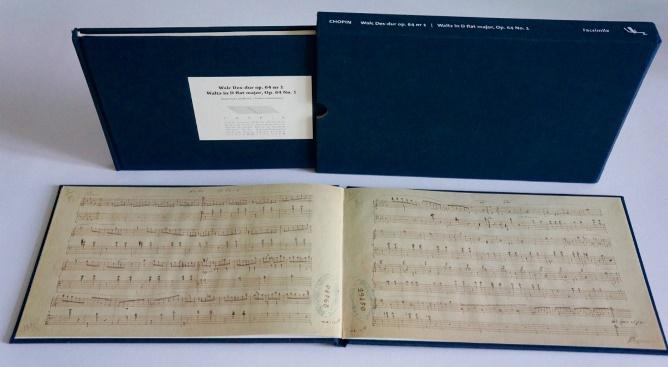 Wydanie faksymilowe Walca Fryderyka Chopina z autografem Seong Jin Cho