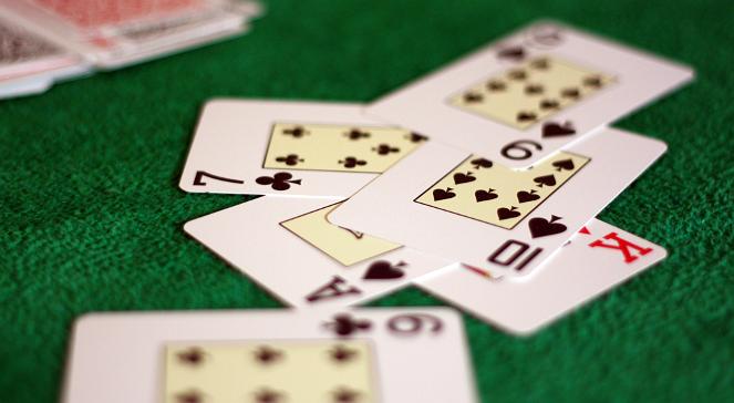 Polski pokerzysta najlepszy na Bahamach. Wygrał ponad milion dolarów