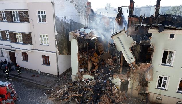 Zniszczona w wybuchu gazy kamienica w Słupsku
