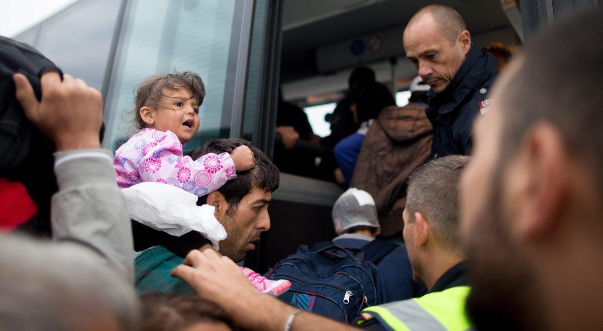 Imigranci, czyli rosnący problem Europy
