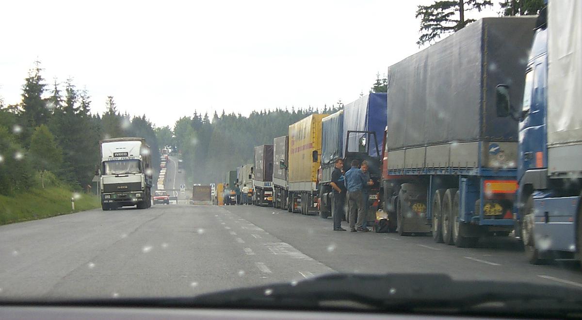 tir ciężarówka kierowca droga trasa free 1200.jpg