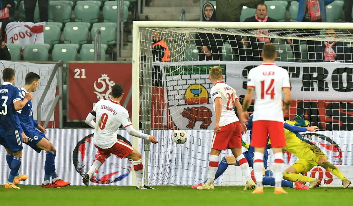 Star striker Robert Lewandowski scores the 1-0 lead for Poland against Bosnia-and-Herzegovina on Wednesday night.