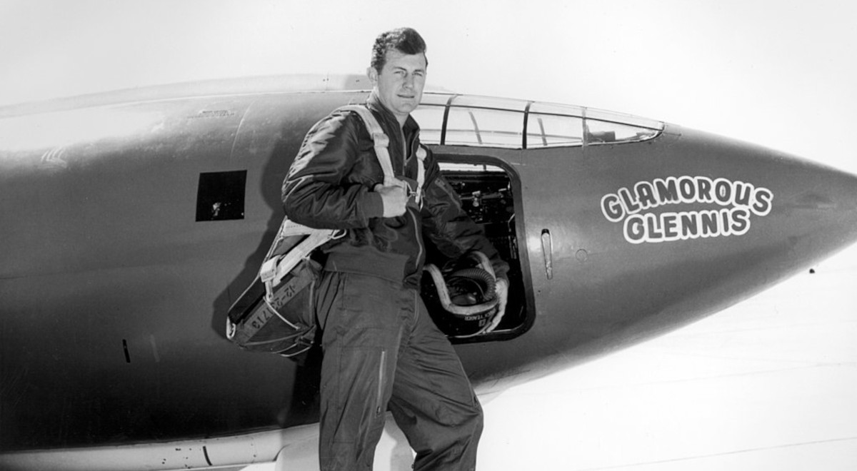Chuck Yeager 1200 free.jpg