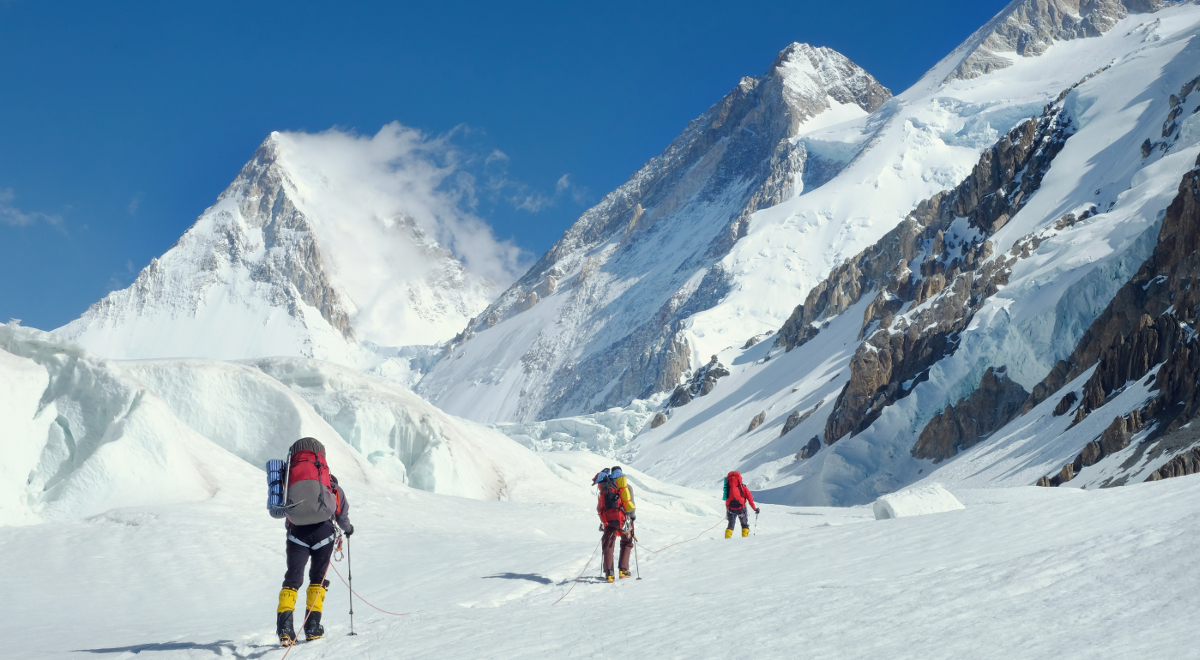 shutterstock_everest 1200.jpg