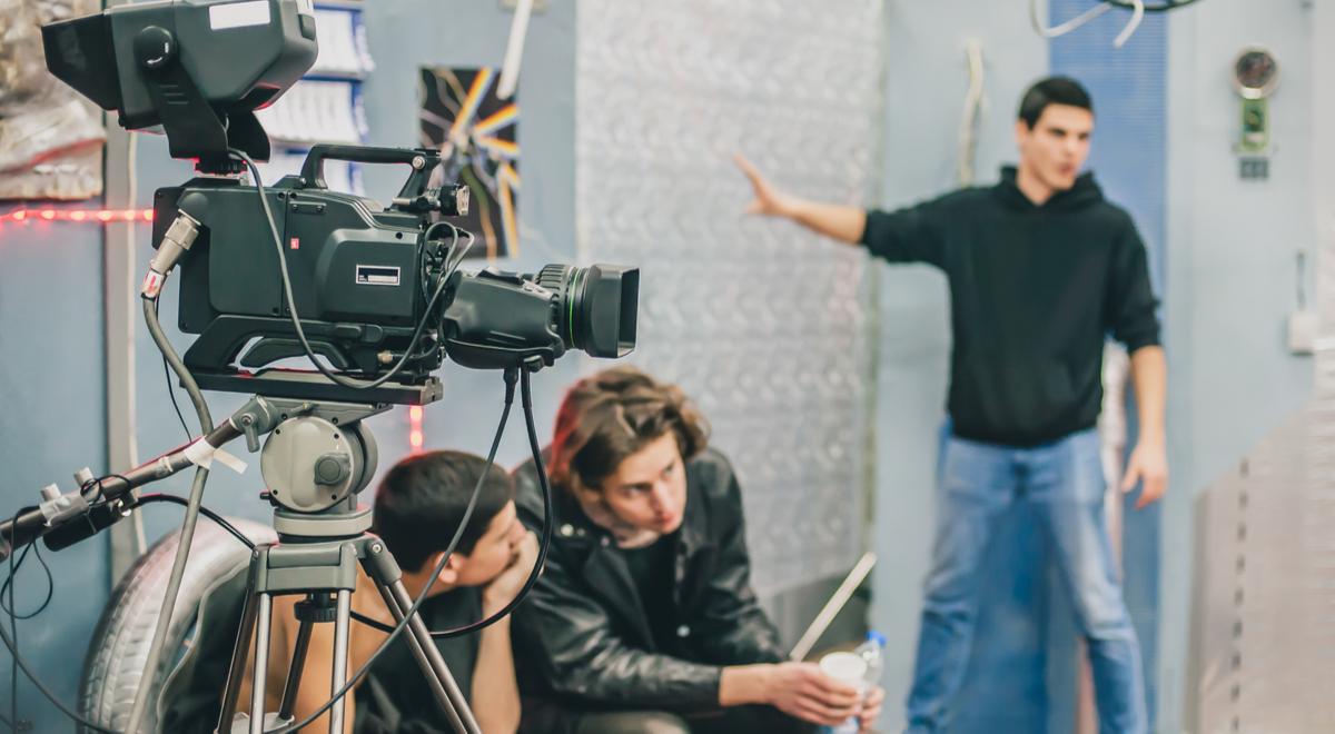 film producent filmowy kino shutte 1200 guruXOX.jpg