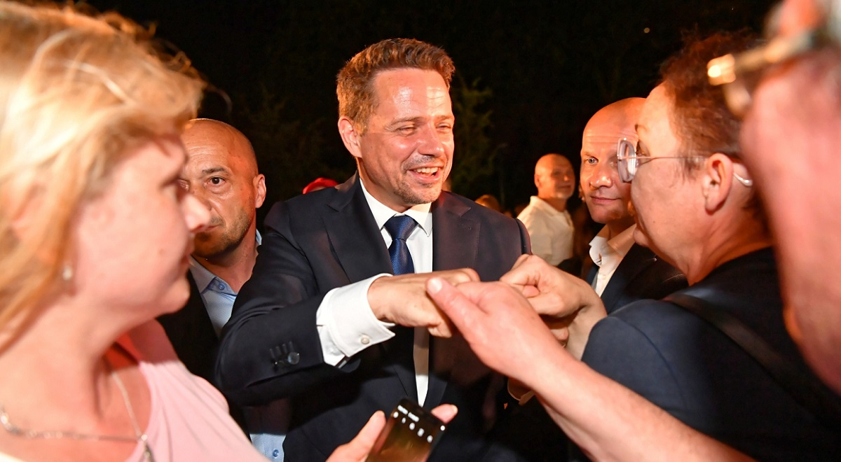 Opposition challenger Rafał Trzaskowski is congratulated by supporters on election night. Photo: PAP/Piotr Nowak