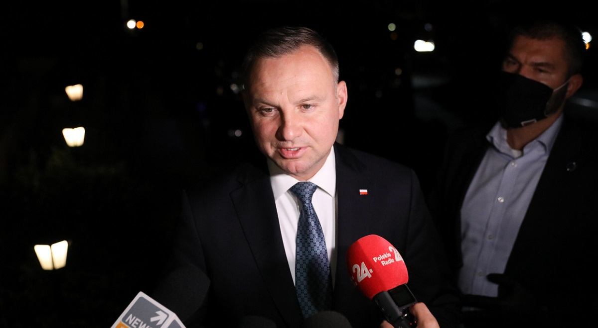 Polish President Andrzej Duda talks to reporters after arriving in Washington for a meeting with Donald Trump.