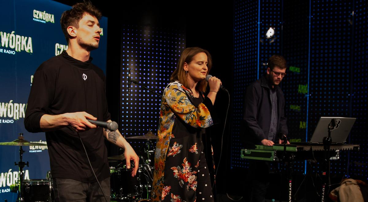 Jacoba Flâneur i Sara Kordowska na koncercie  w studiu Czwórki