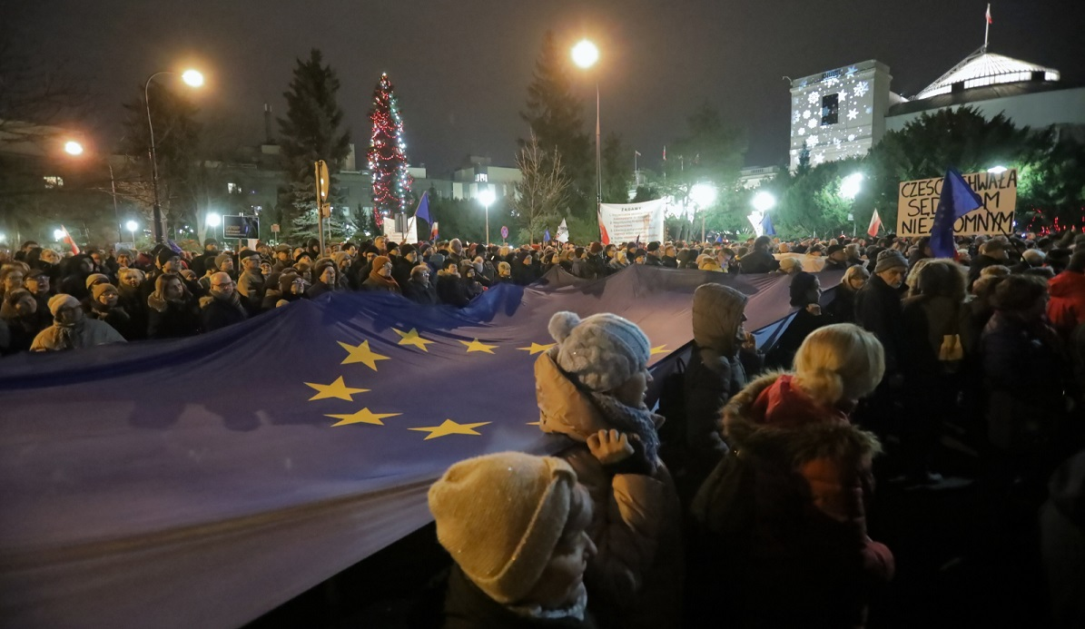 Protestors outside parliament in Warsaw