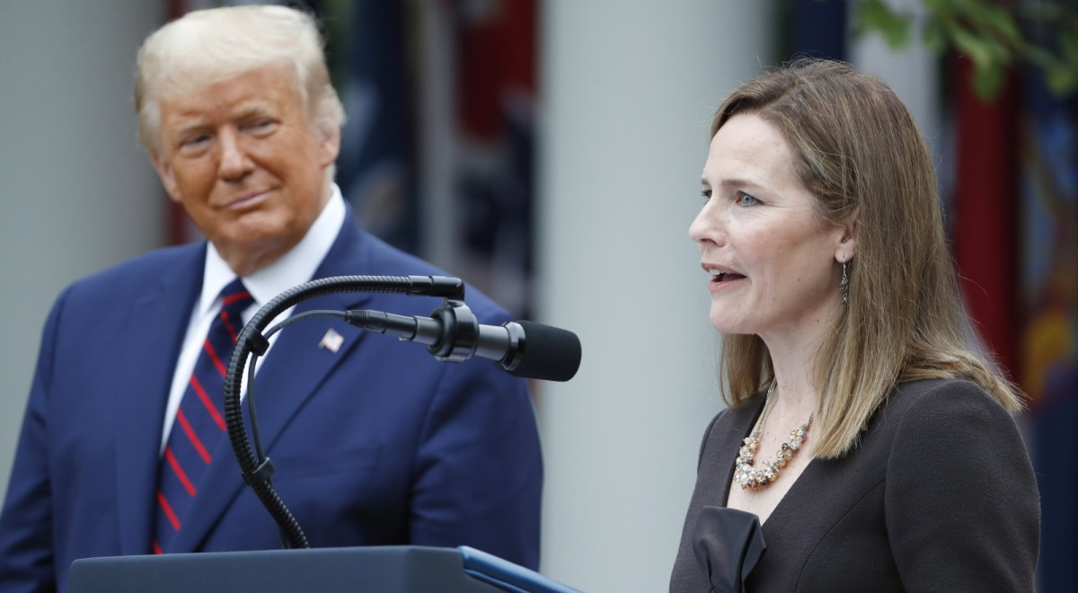 Donald Trump i Amy Coney Barrett