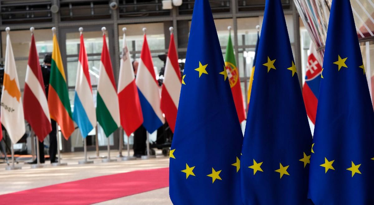 rada europejska free ok post brexit shutt 1200 .jpg