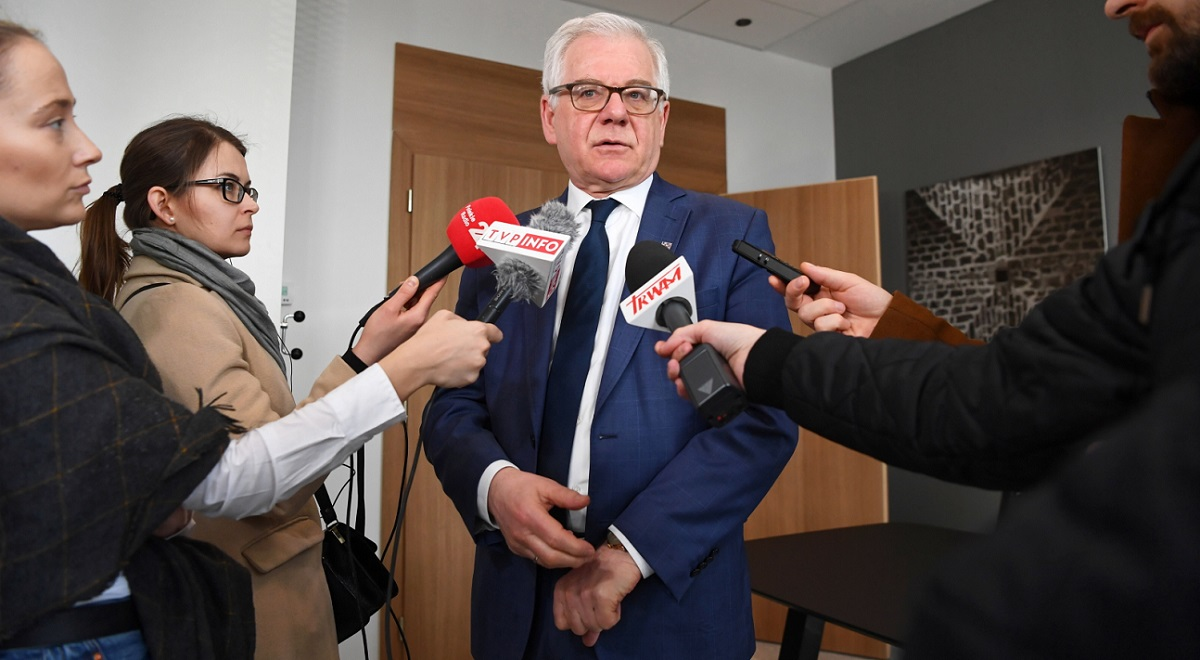 Polish Foreign Minister Jacek Czaputowicz briefs reporters in Zagreb, Croatia, on Friday.