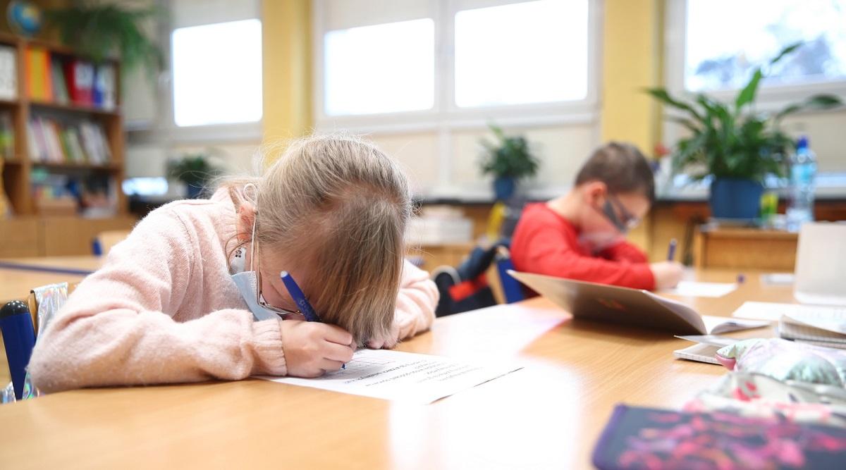 Ученики 1-3 классов в Польше возвращаются в школы