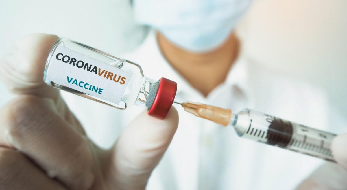 shutterstock_koronawirus szczepionka 1200.jpg