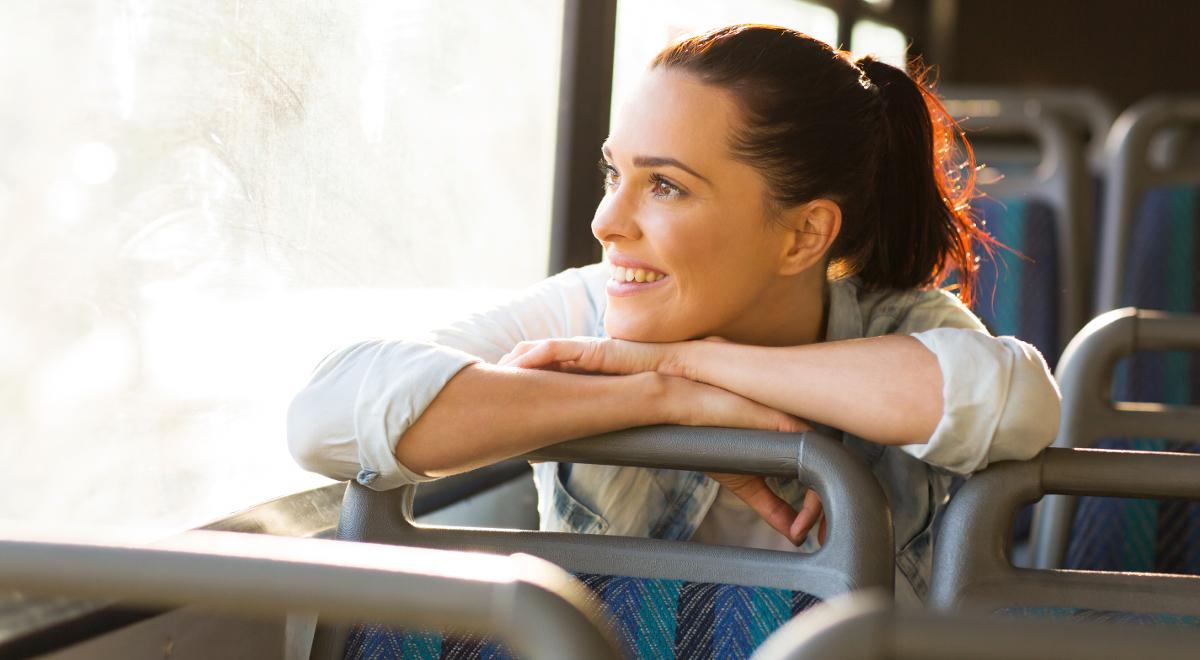 autobus podróż szczęście radość 1200.jpg