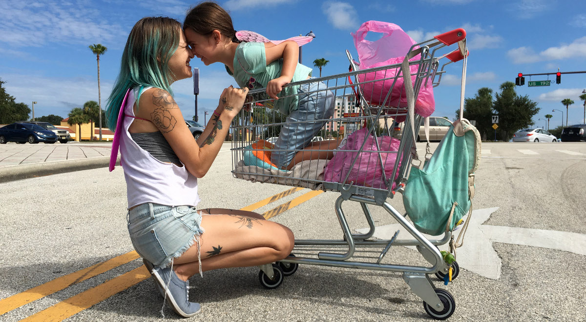 Kadr z filmu The Florida Project