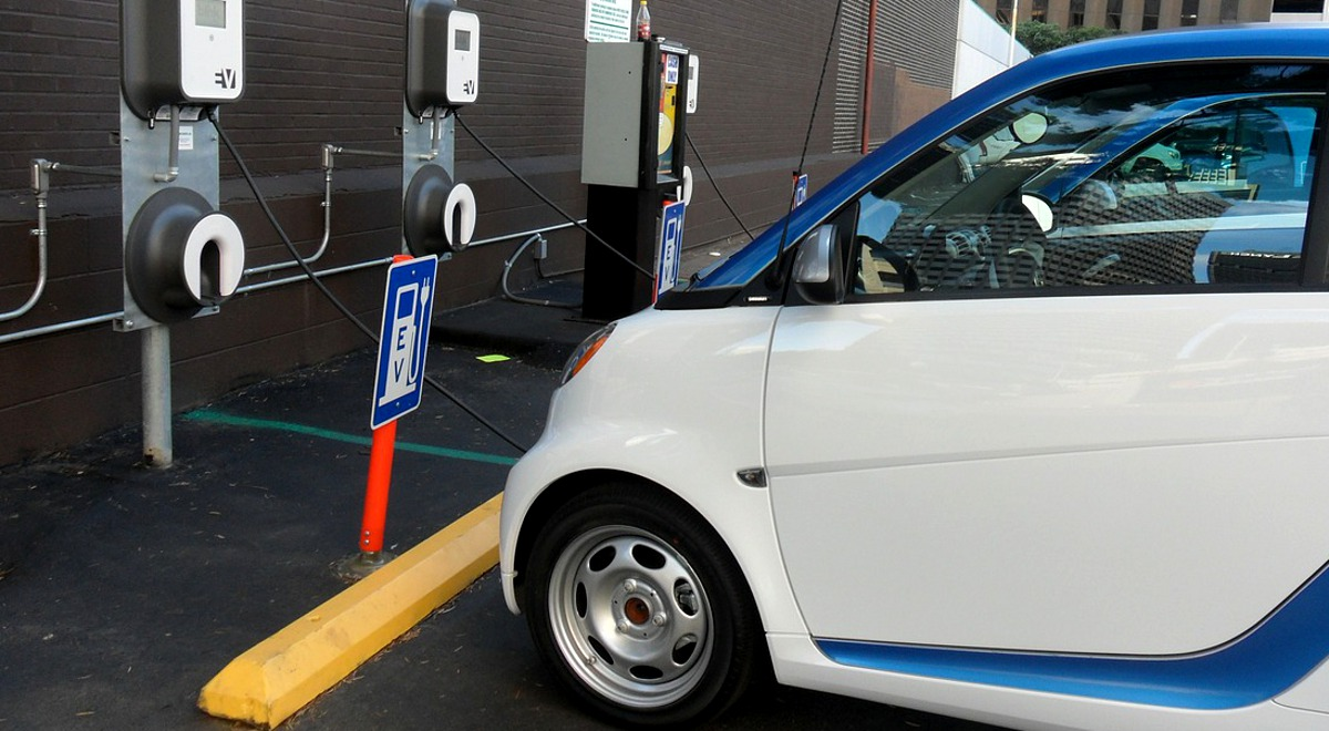 samochód elektryczny ekologia 1200.jpg