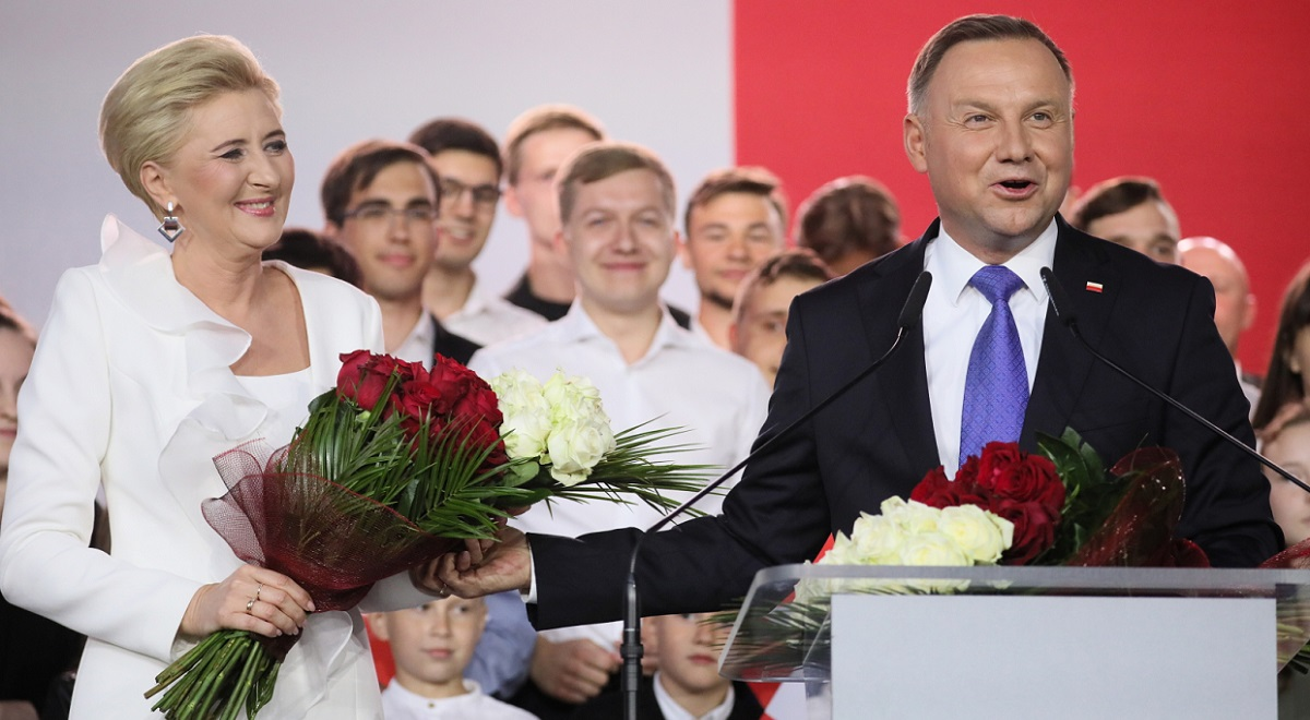 Andrzej Duda (right) with wife Agata Kornhauser-Duda (left).