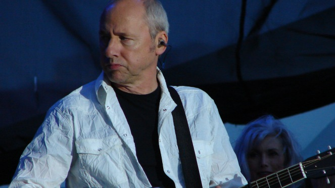 Mark Knopfler podczas koncertu w Chicago