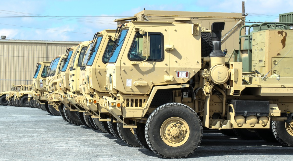 1st Cavalry Division Sustainment Brigade stage vehicles for port operations in preparation of Defender Europe 2020, Port Arthur, Texas, Feb. 6, 2020