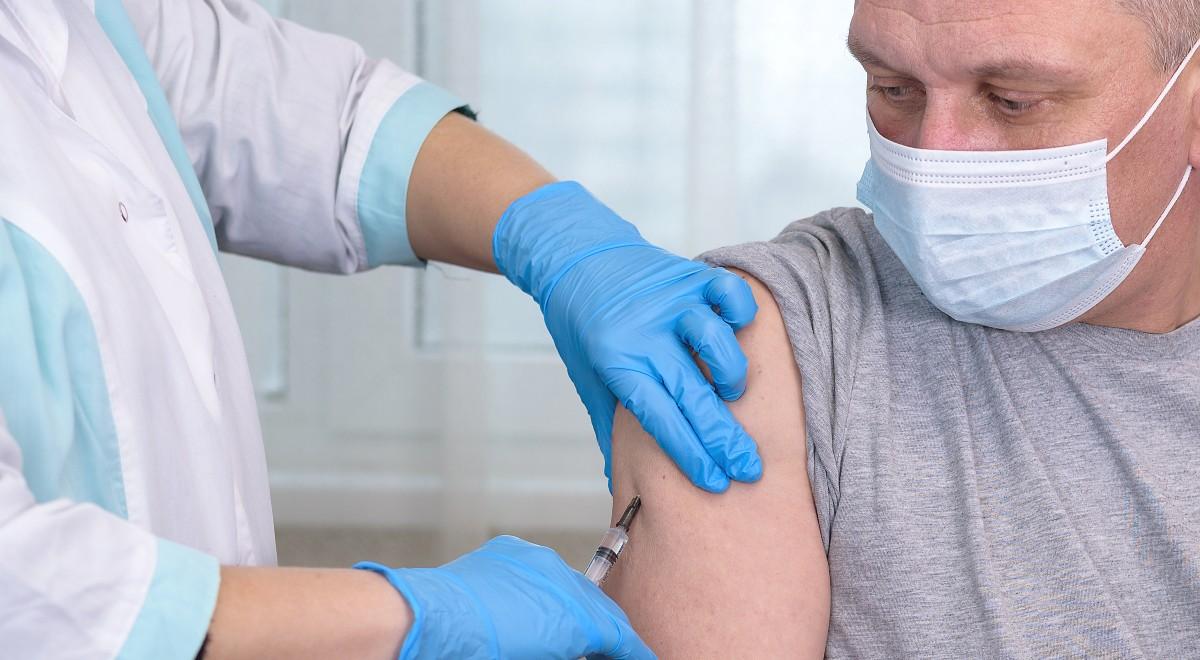 szczepienia szczepienie szczepionka free shutterstock 1200.jpg