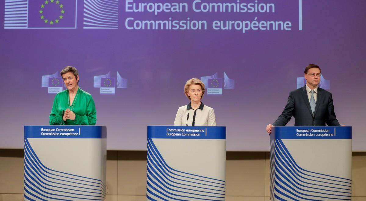 Komisja Europejska koronawirus PAP-1200.jpg