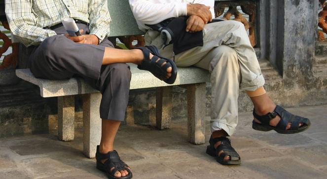 eac5e2762097b Noszenie skarpet z sandałami przestanie być traktowane jako modowa wpadka?