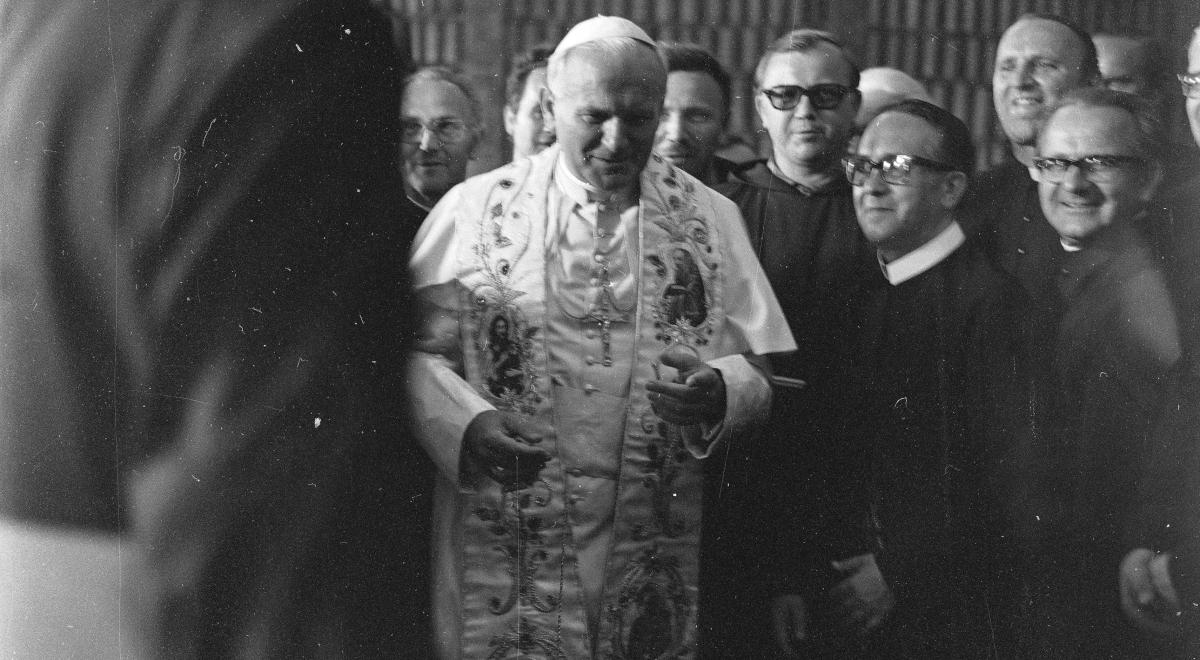 Jan Paweł II NAC 1200.jpg