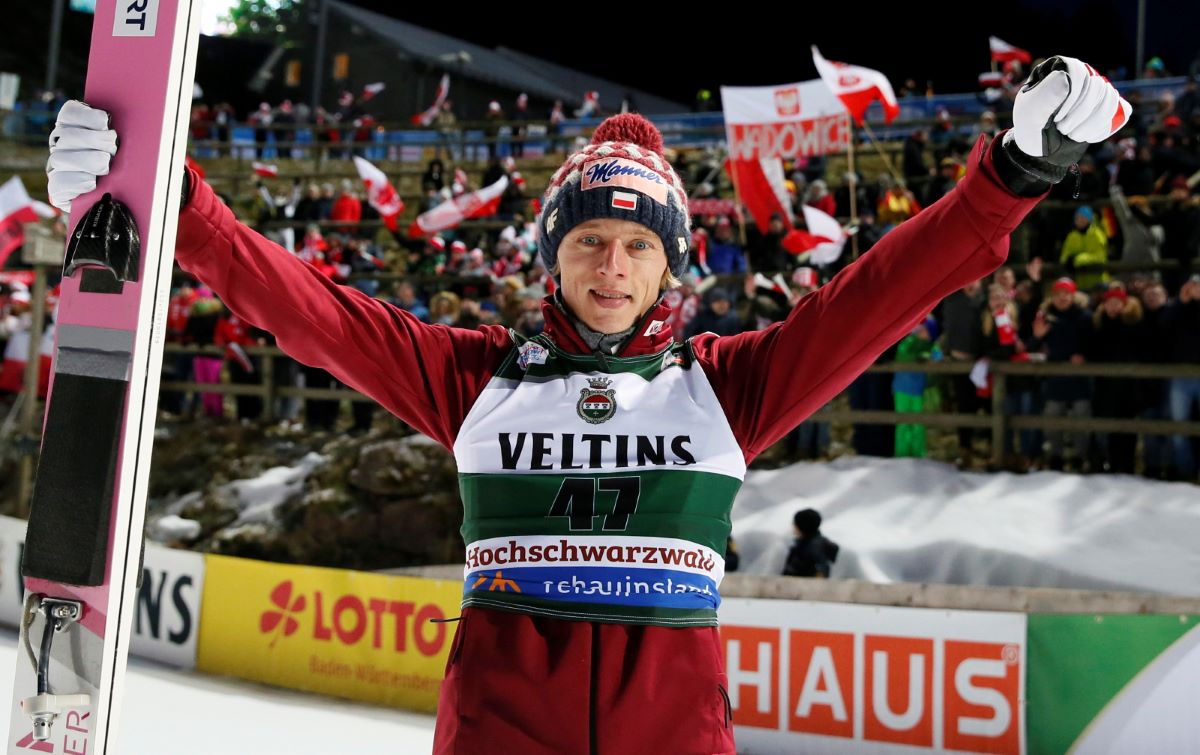 Polands Dawid Kubacki celebrates after winning the mens individual competition at the FIS Ski-Jumping World Cup in Titisee-Neustadt, Germany, on Sunday.