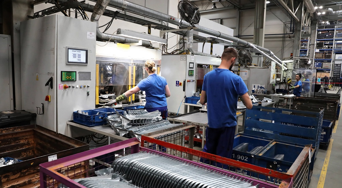 In month-on-month terms, Polish industrial production in June was 13.9 percent higher than in May, according to the Central Statistical Office.