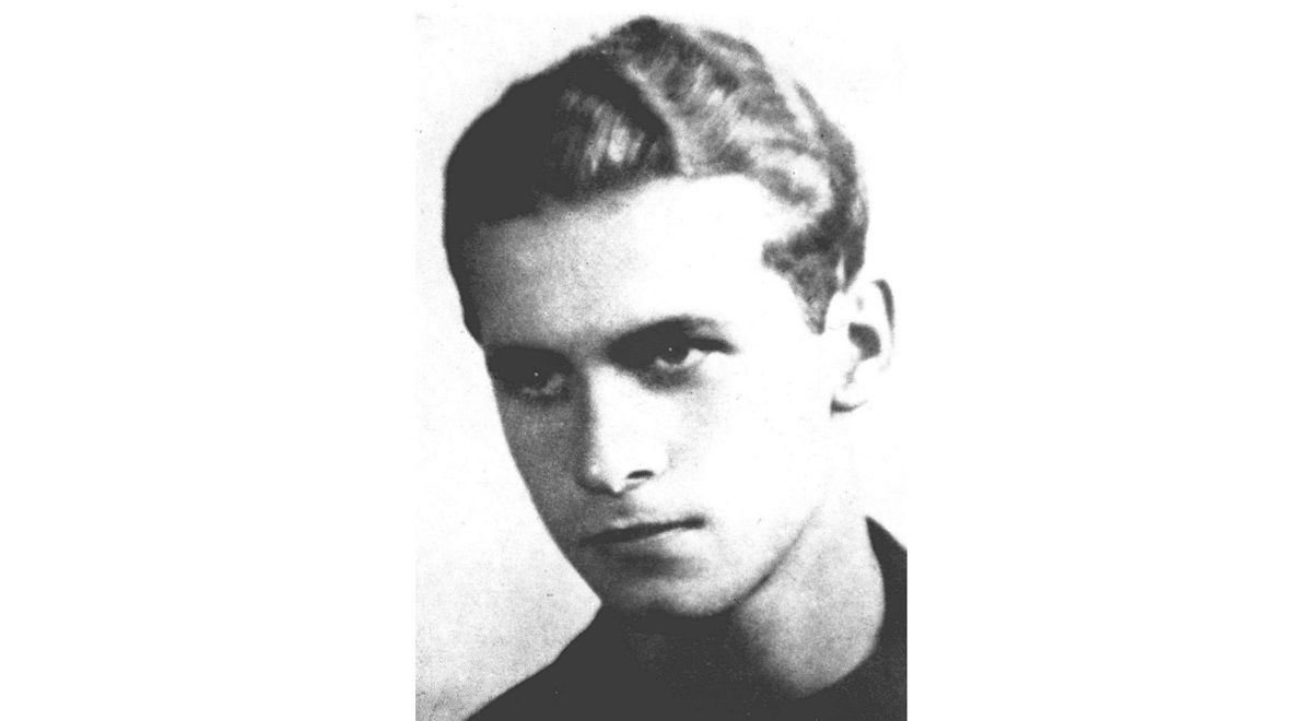Krzysztof Kamil Baczyński, an iconic Polish poet who was killed in the early days of the 1944 Warsaw Uprising.