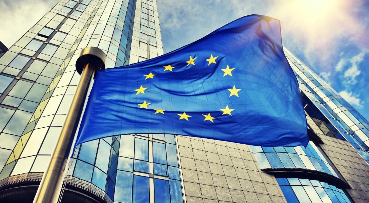 UE pendant une pandémie.  Pr Krysiak: J'espère que le coronavirus n'aggravera pas l'inégalité – Jedynka