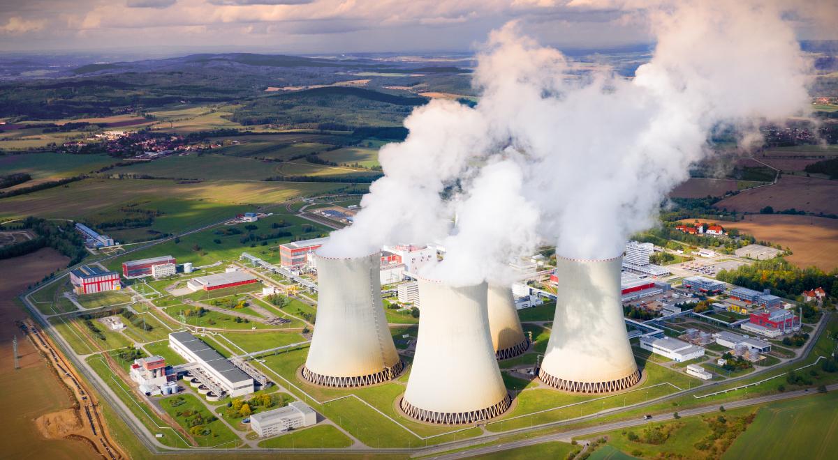 elektrownia atomowa energia 1200.jpg