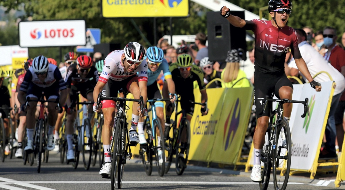 Ecuadorian rider Richard Carapaz celebrates winning the third leg of the 2020 Tour de Pologne between the southern Polish cities of Wadowice and Bielsko-Biała on Friday, Aug. 7, 2020. Photo: PAP/Andrzej Grygiel
