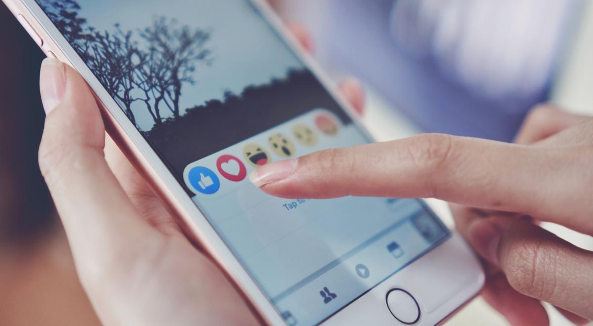 media społecznościowe lajki facebook shutter 1200 sitthiphong.jpg