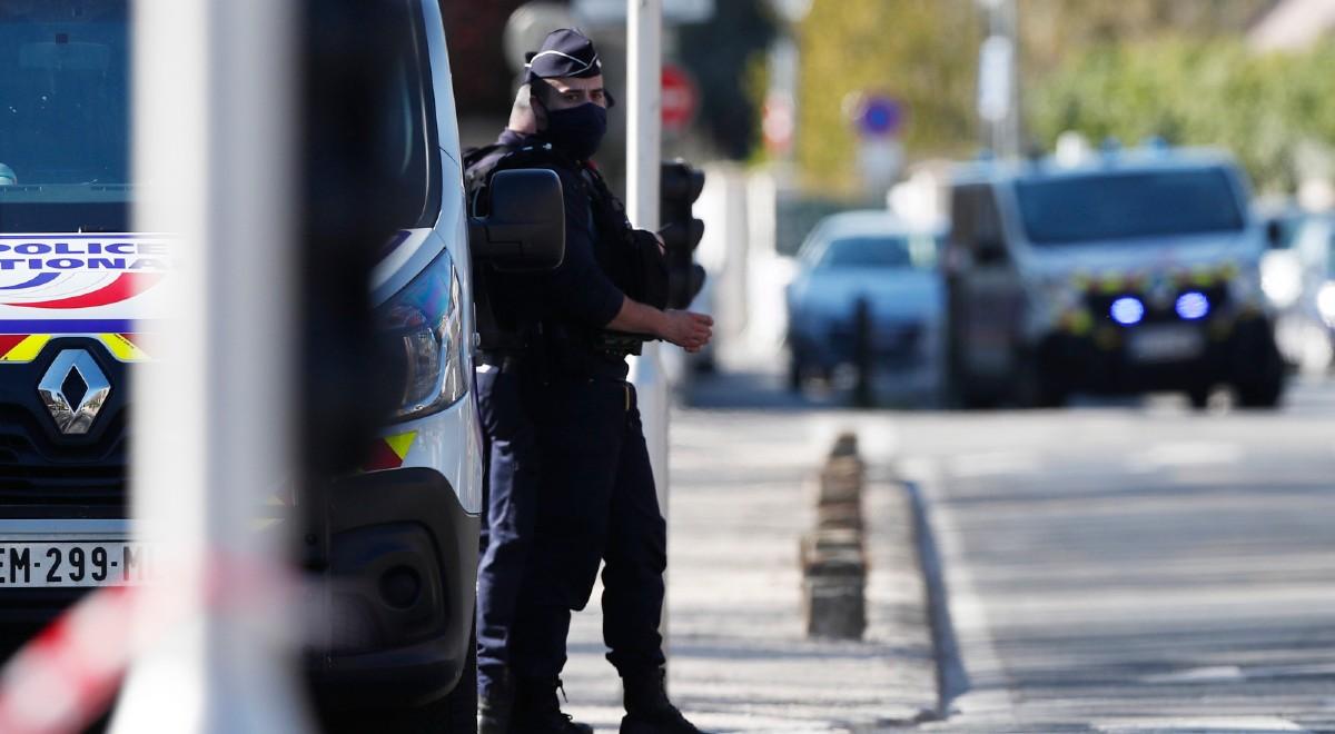 policja we francji pap 1200 .jpg