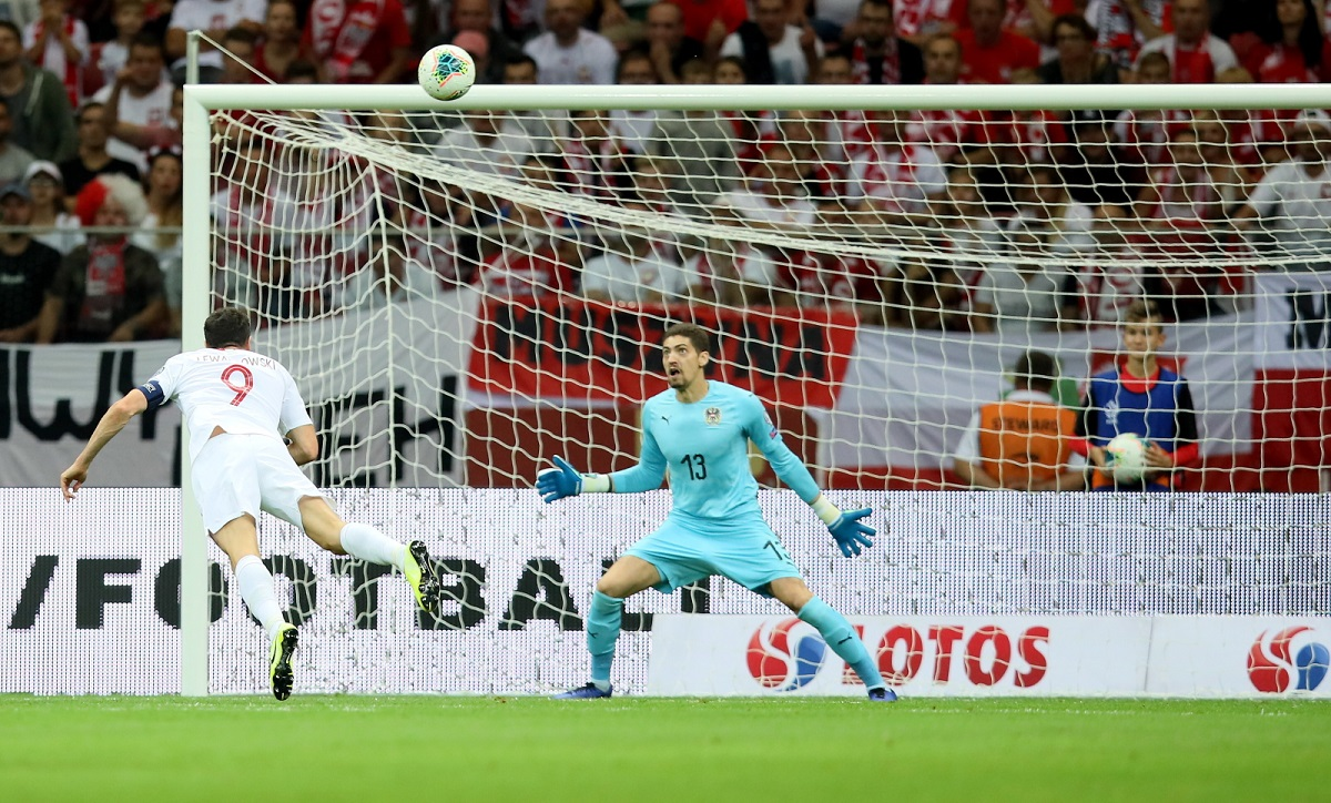 Polands prolific striker Robert Lewandowski misses a scoring opportunity in the first half of the game against Austria at the National Stadium in Warsaw on Monday.
