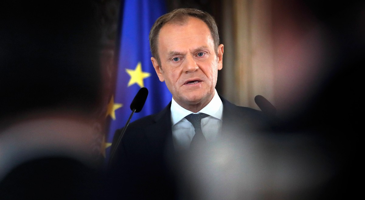 donald tusk pap arch 1200 .jpg