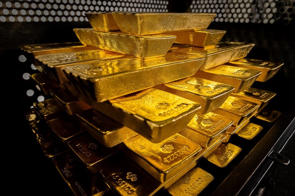 Polands gold reserves have increased to 228.6 tonnes, growing by 125.7 tonnes from last year, the countrys central bank has said.