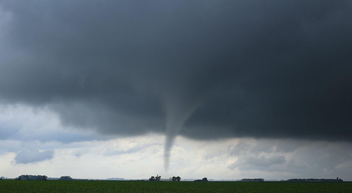 tornado_1200_free.jpg