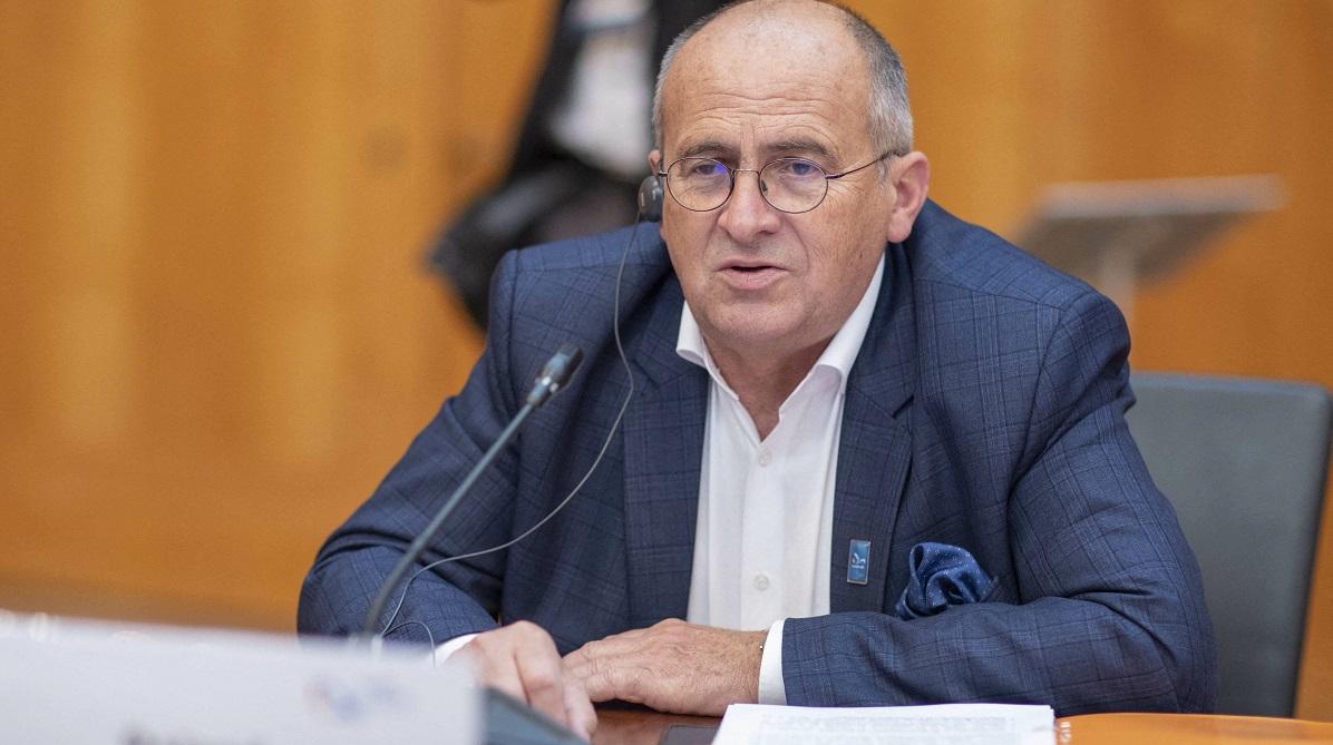 Zbigniew Rau.