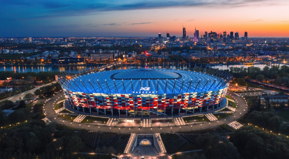 Shutterstock Stadion Narodowy 1200F.jpg