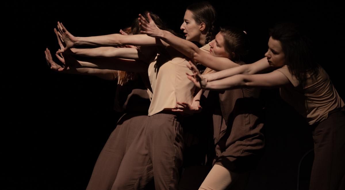 teatr aktorzy shutterstock 1200.jpg