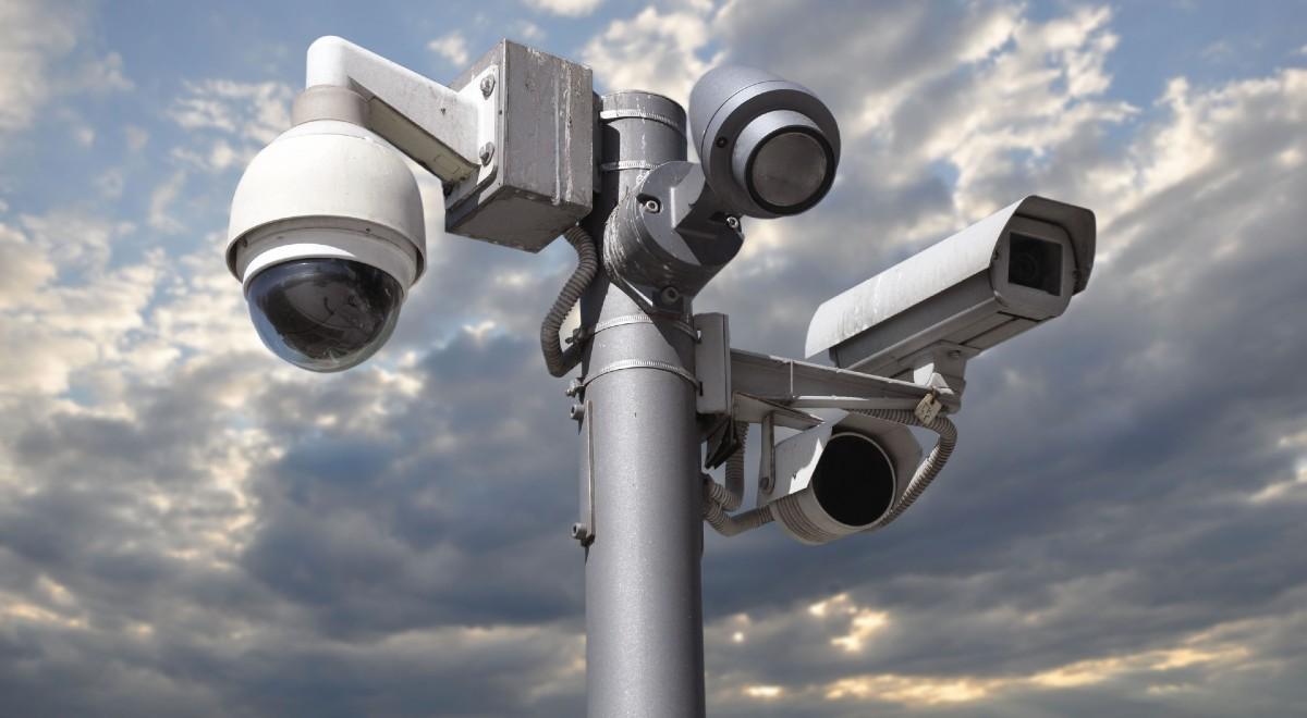 kamery monitoringu free shutt 1200 .jpg